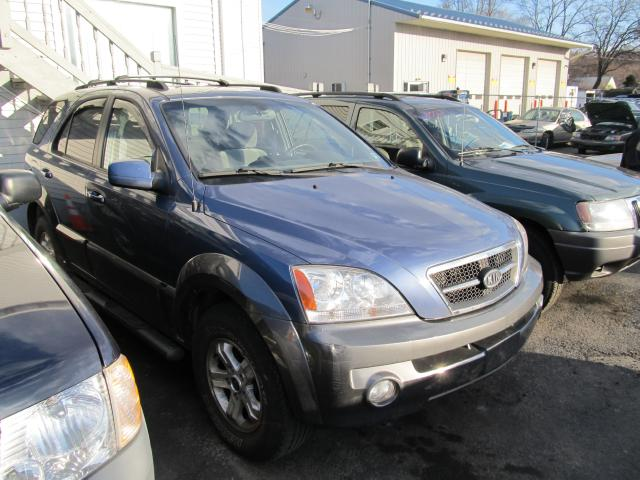 Image 1 of 2005 Kia Sorento Blue
