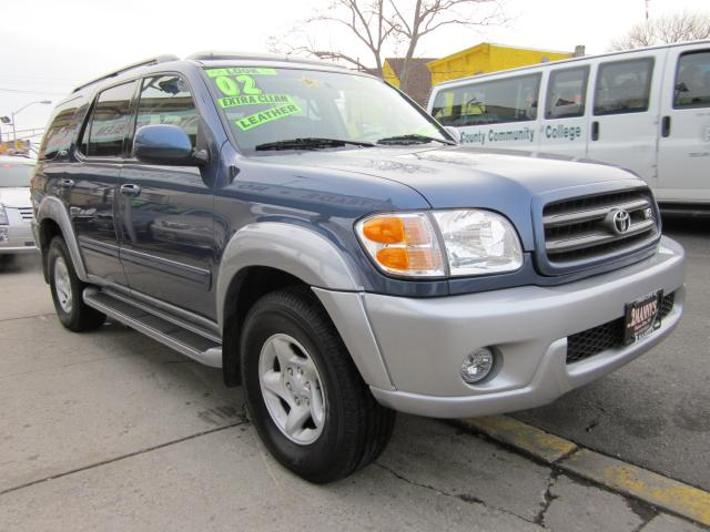 Picture of a 2002 Toyota Sequoia