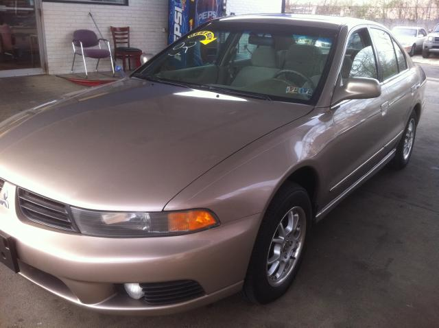 Picture of a 2002 Mitsubishi Galant